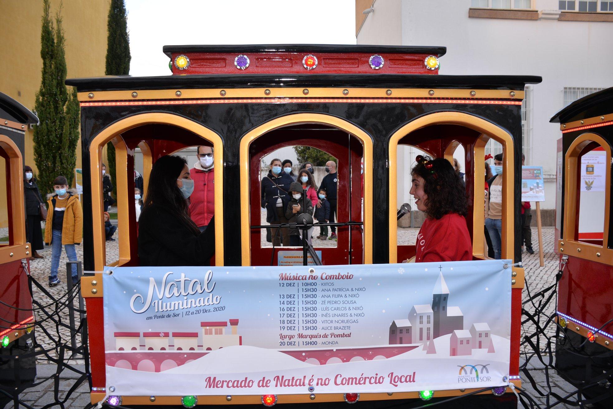 Alice Brazete no Comboio do Natal Iluminado