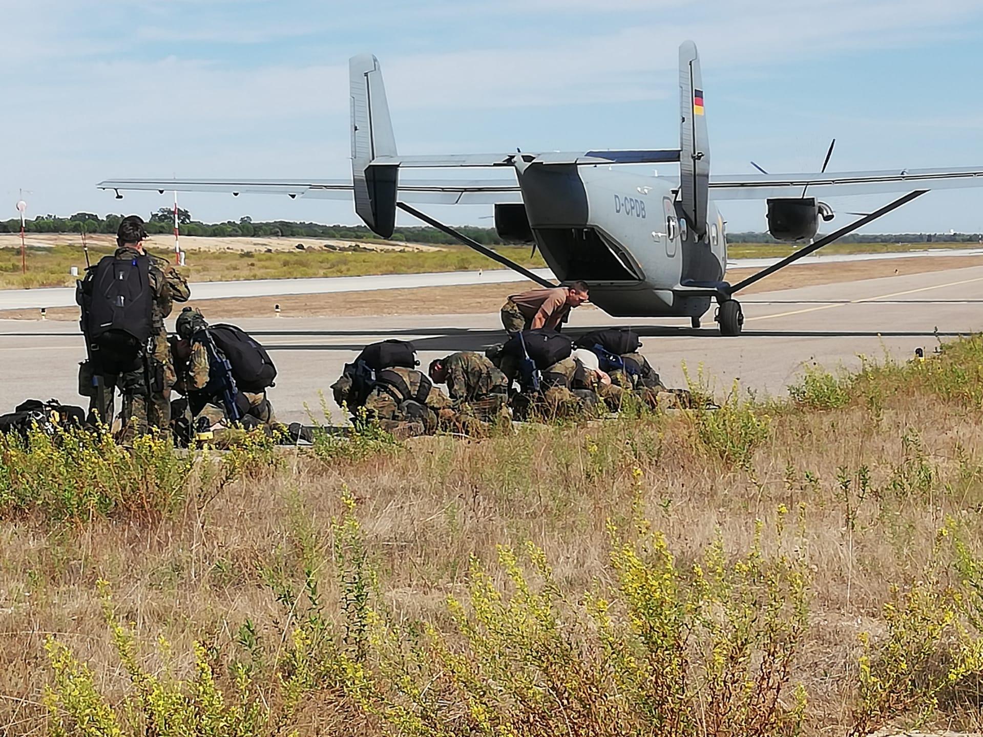 Treino Operacional das Subunidades Paraquedistas da Brigada de Reação Rápida