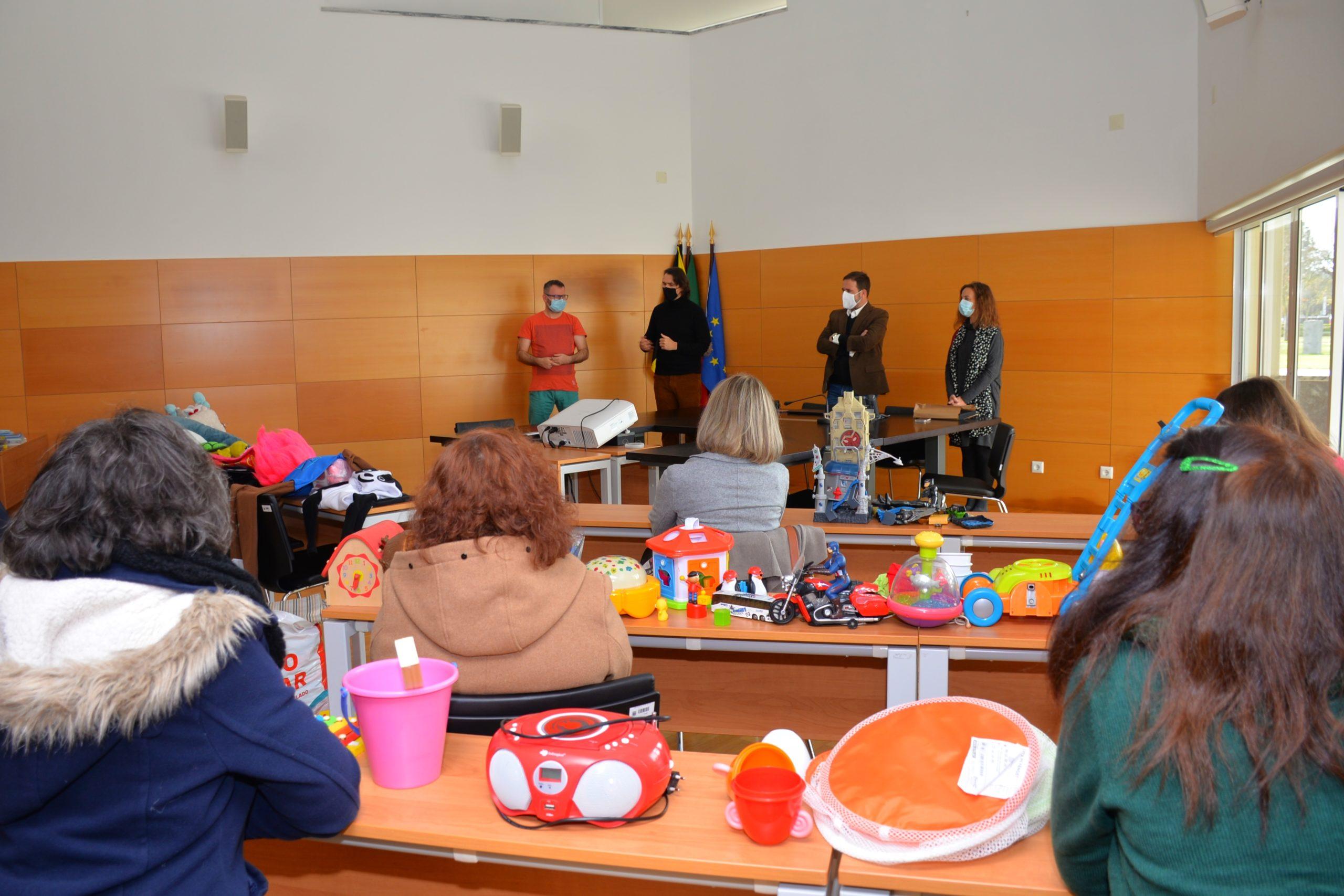 Fujitsu oferece, neste Natal, brinquedos a crianças de Ponte de Sor